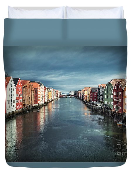 Chasing Colors Duvet Cover