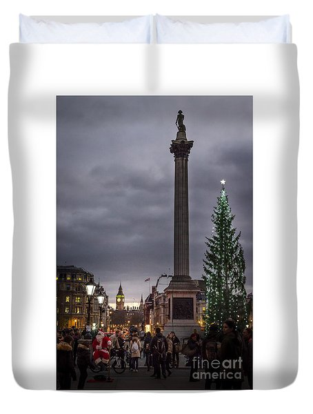 Christmas In Trafalgar Square, London Duvet Cover