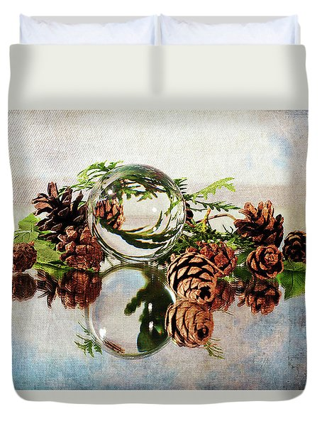 Duvet Cover featuring the photograph Christmas Thoughts by Randi Grace Nilsberg