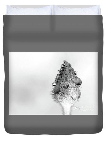 Clematis Bud In Rain Duvet Cover
