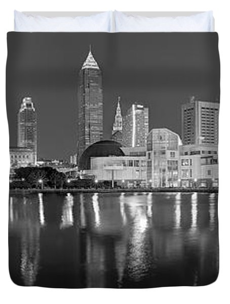 Cleveland Skyline At Dusk Black And White Rock Roll Hall Fame Duvet Cover
