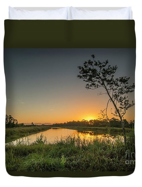Duvet Cover featuring the photograph Cloudless Hungryland Sunrise by Tom Claud