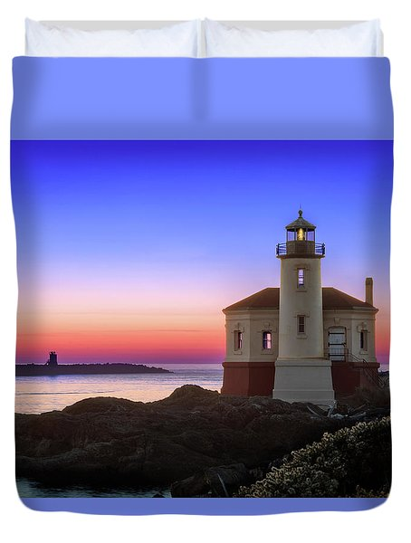 Crab Boat At The Bandon Lighthouse Duvet Cover
