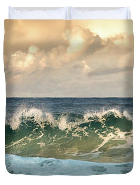 Crashing Waves And Cloudy Sky Duvet Cover