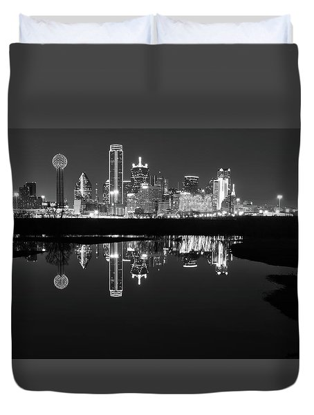 Dallas Texas Cityscape Reflection Duvet Cover