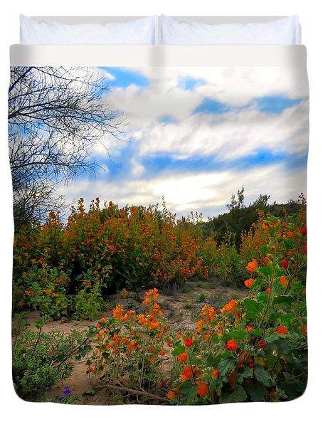 Desert Wildflowers In The Valley Duvet Cover
