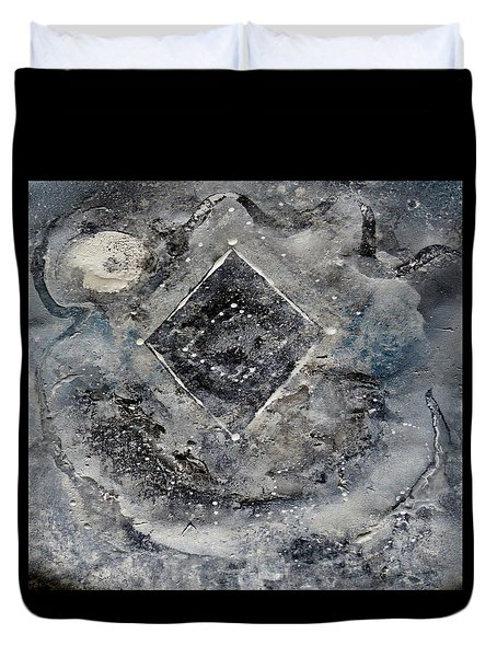 Duvet Cover featuring the painting Diamond Apparition  by 'REA' Gallery