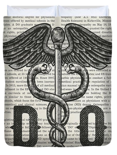 Doctor Of Osteopathy Gift Idea With Caduceus Illustration 01 Duvet Cover
