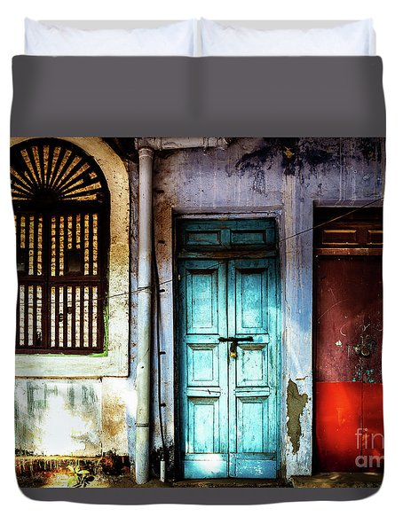 Doors Of India - Blue Door And Red Door Duvet Cover