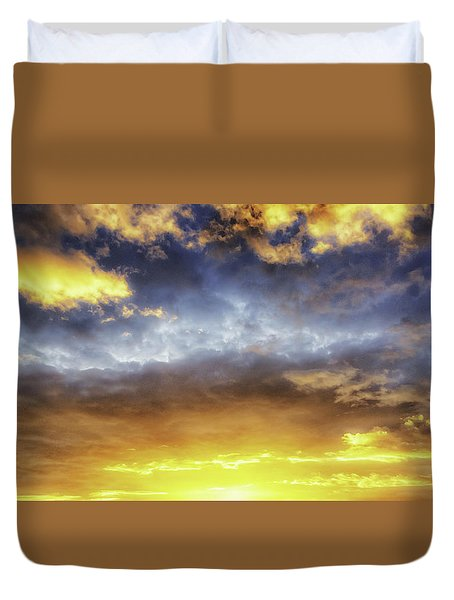 Dramatic Sun Duvet Cover