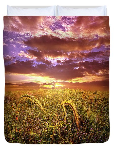 Duvet Cover featuring the photograph Drwing Near by Phil Koch