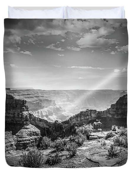 Eagle Rock, Grand Canyon In Black And White Duvet Cover