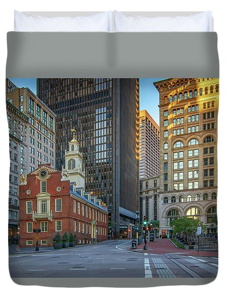 Early Morning At The Old Statehouse Duvet Cover