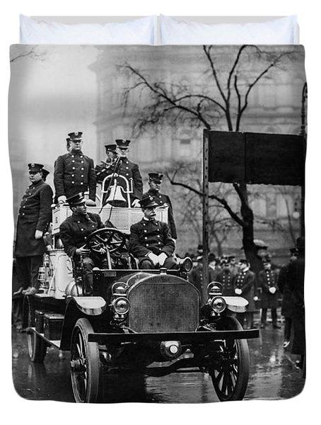 Engine 91 Fdny 1910 Duvet Cover