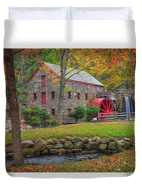 Fall Foliage At The Grist Mill Duvet Cover