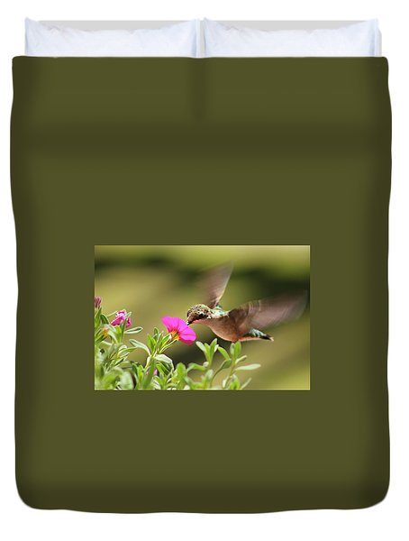 Duvet Cover featuring the photograph Feeding Time by Candice Trimble