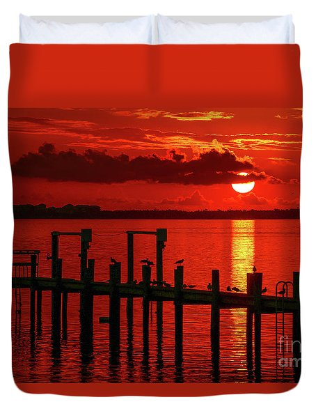 Duvet Cover featuring the photograph Fireball And Pier Sunrise by Tom Claud