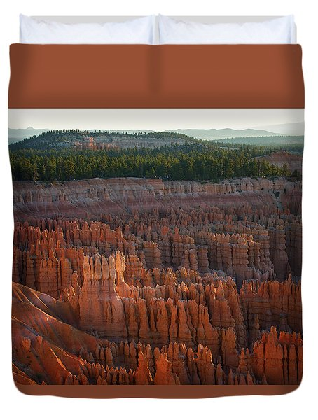 First Light On The Hoodoo Inspiration Point Bryce Canyon National Park Duvet Cover