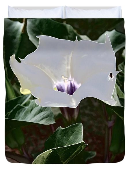 Duvet Cover featuring the photograph Flower And Fly by Judy Kennedy