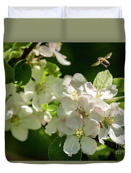 Flower Hopping Duvet Cover
