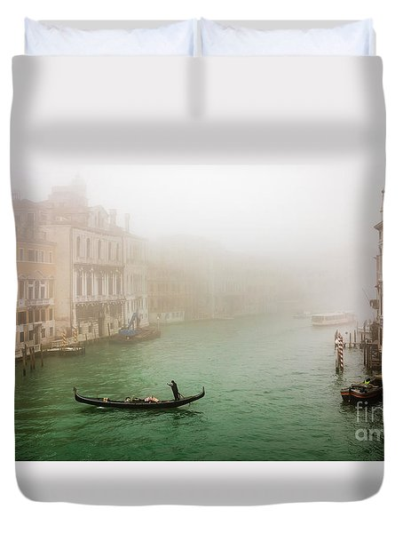 Foggy Morning On The Grand Canale, Venezia, Italy Duvet Cover