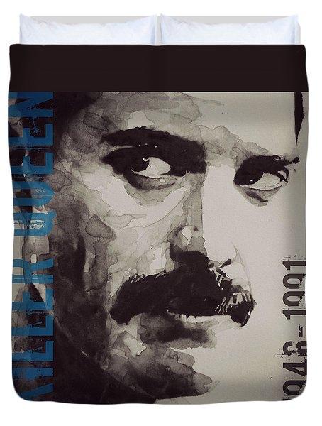 Freddie Mercury - Retro - Tee Shirt  Duvet Cover