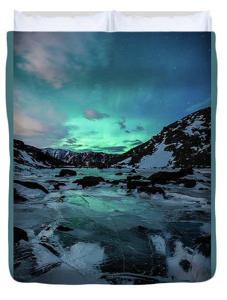 Gale-force Aurora V Duvet Cover