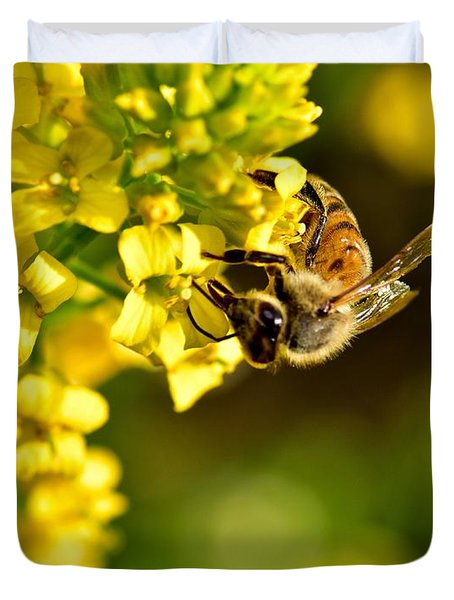 Gathering Pollen Duvet Cover