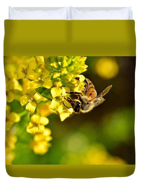 Gathering Pollen Duvet Cover