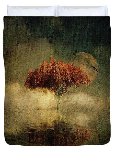 Duvet Cover featuring the digital art Giant Oak In A Dream by Jan Keteleer