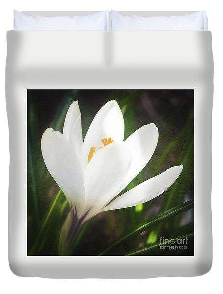 Glowing White Crocus Duvet Cover