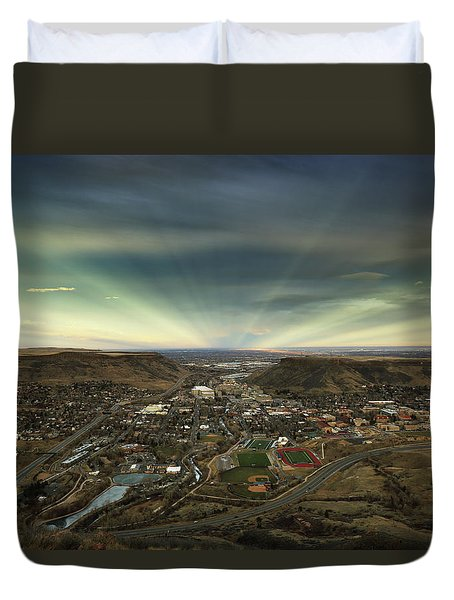 Go East Young Man Duvet Cover