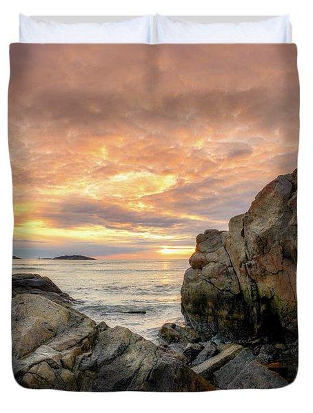 Good Harbor Rock View 1 Duvet Cover
