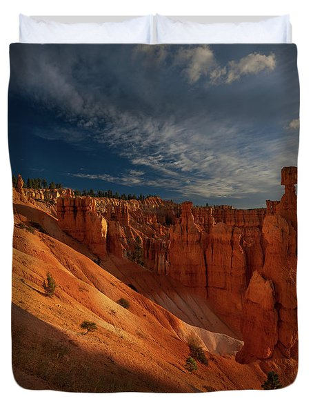 Duvet Cover featuring the photograph Good Morning Bryce by Edgars Erglis