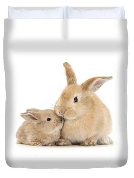 Duvet Cover featuring the photograph Grass Is For Sharing by Warren Photographic