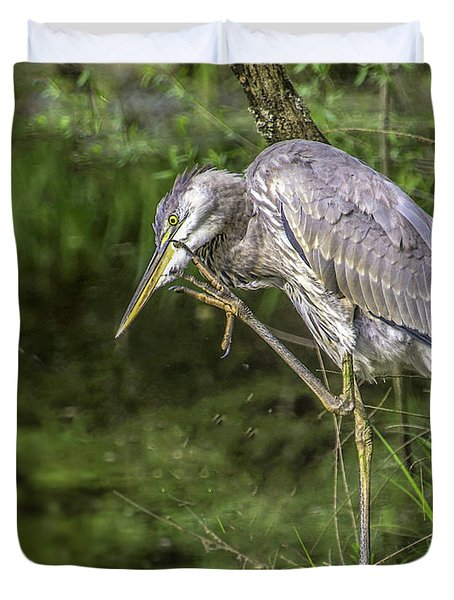 Great Blue Heron Itch Duvet Cover