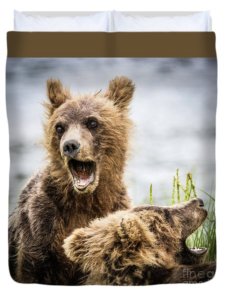 Grizzly Cubs Looking For Their Mum Duvet Cover