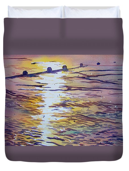 Groynes And Glare Duvet Cover