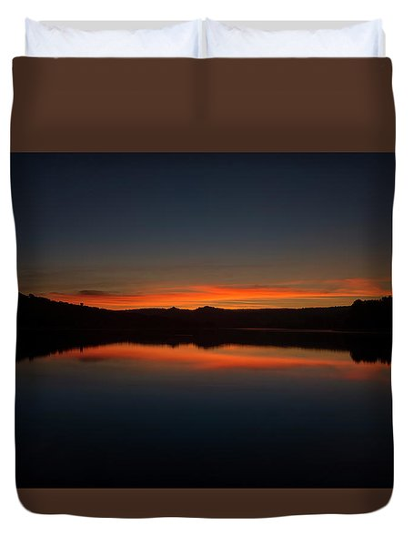 Sunset In The Reservoir Duvet Cover