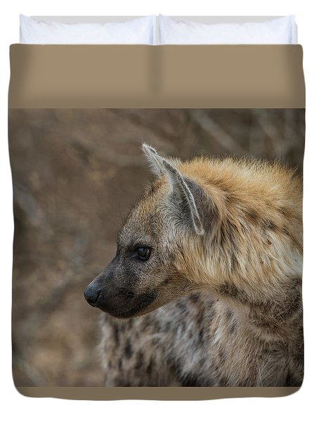 Duvet Cover featuring the photograph H1 by Joshua Able's Wildlife