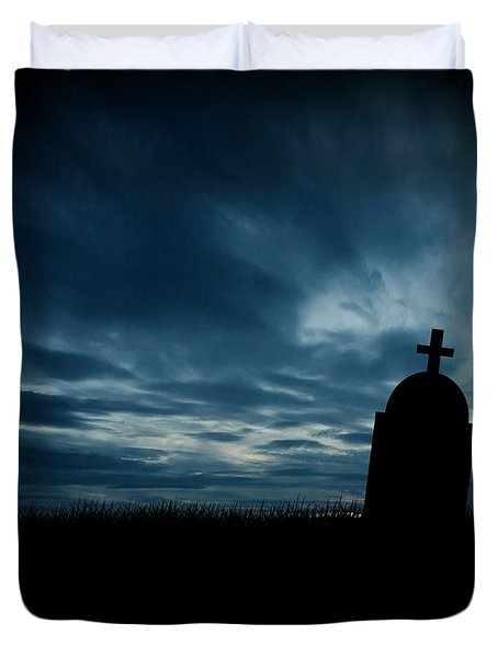Halloween Graveyard Background Duvet Cover
