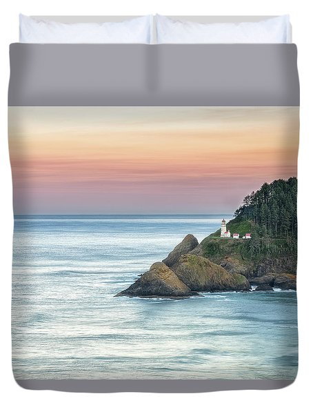 Duvet Cover featuring the photograph Heceta Lighthouse by Russell Pugh