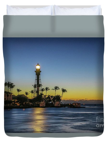 Duvet Cover featuring the photograph Hillsboro Light Reflection by Tom Claud