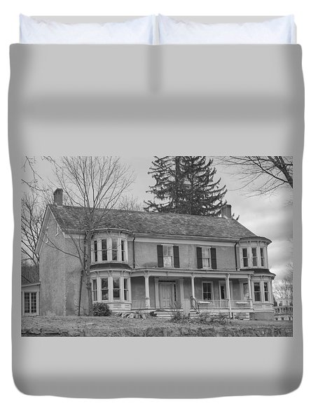 Historic Mansion With Towers - Waterloo Village Duvet Cover