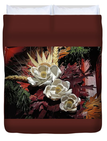 Duvet Cover featuring the photograph Holiday Shells by Don Moore