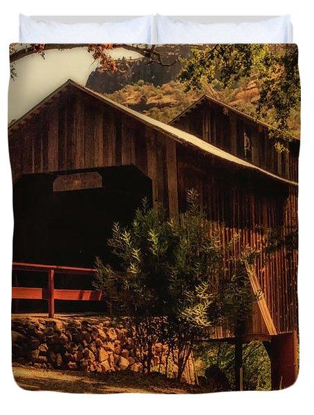 Honey Run Covered Bridge Duvet Cover
