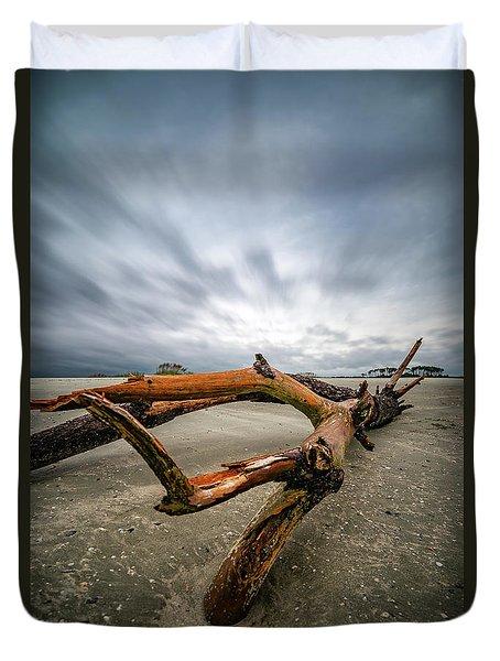Hurricane Florence Beach Log - Portrait Duvet Cover