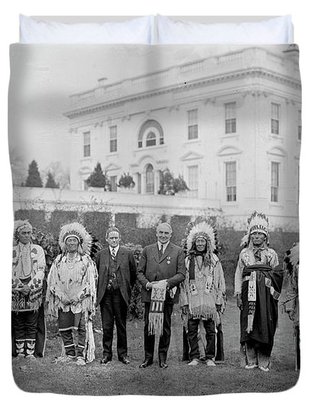 Indian Chiefs With President Harding Duvet Cover