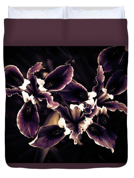 Irresistible Iris Duvet Cover