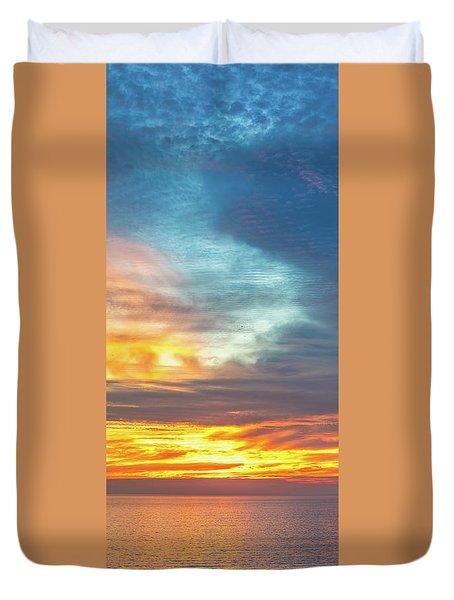 January Sunset - Vertirama Duvet Cover